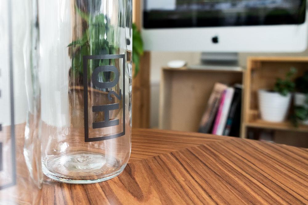 Belz GmbH Würzburg Trinkflaschen Verpackungsdesign jo's büro für Gestaltung Würzburg Mitarbeitergeschenk Individuell Packaging-Design