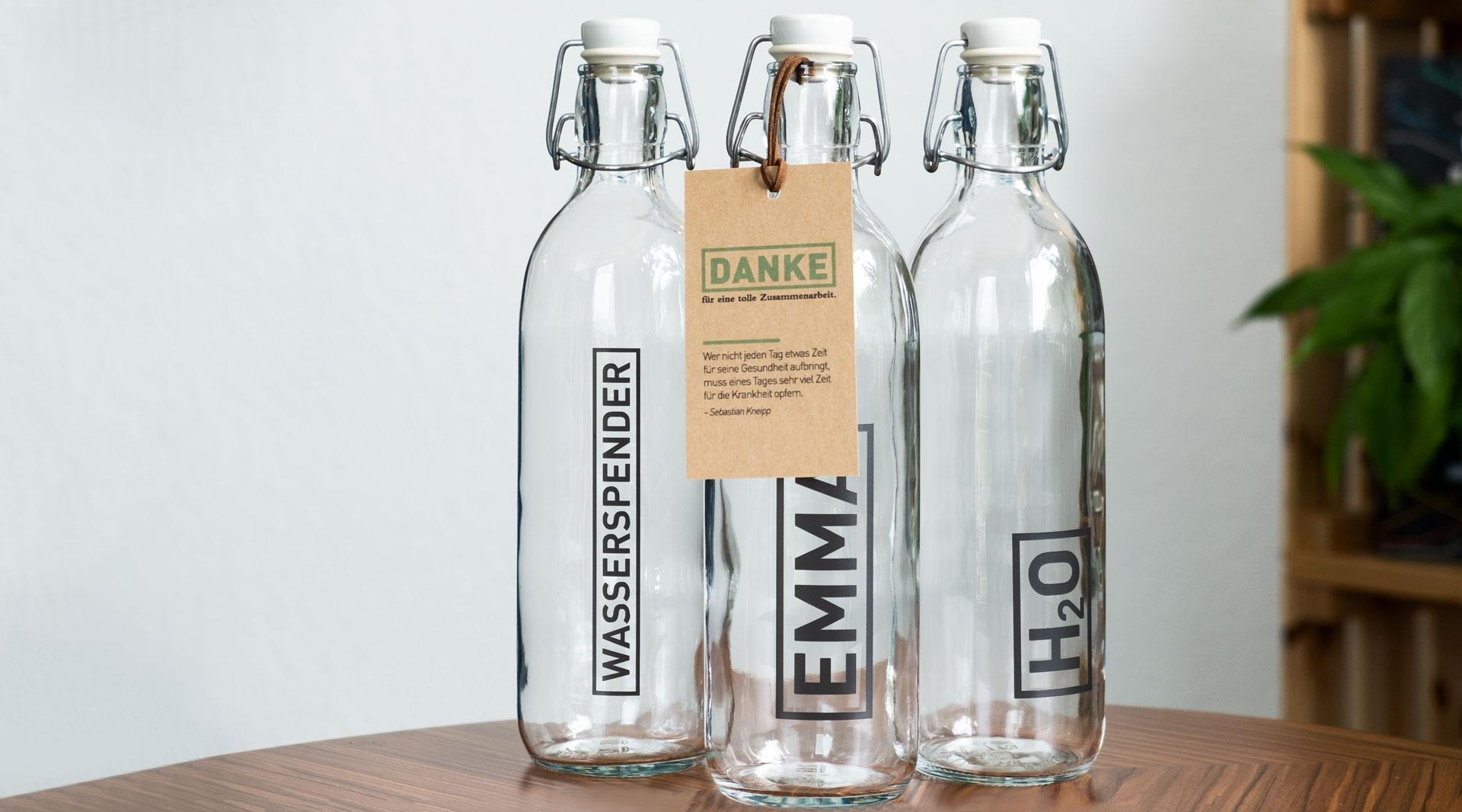 Packaging-DesignBelz GmbH Würzburg Trinkflaschen Verpackungsdesign jo's büro für Gestaltung Würzburg Mitarbeitergeschenk Individuell